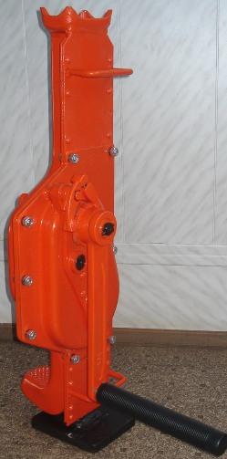 Домкраты реечные модели ДР